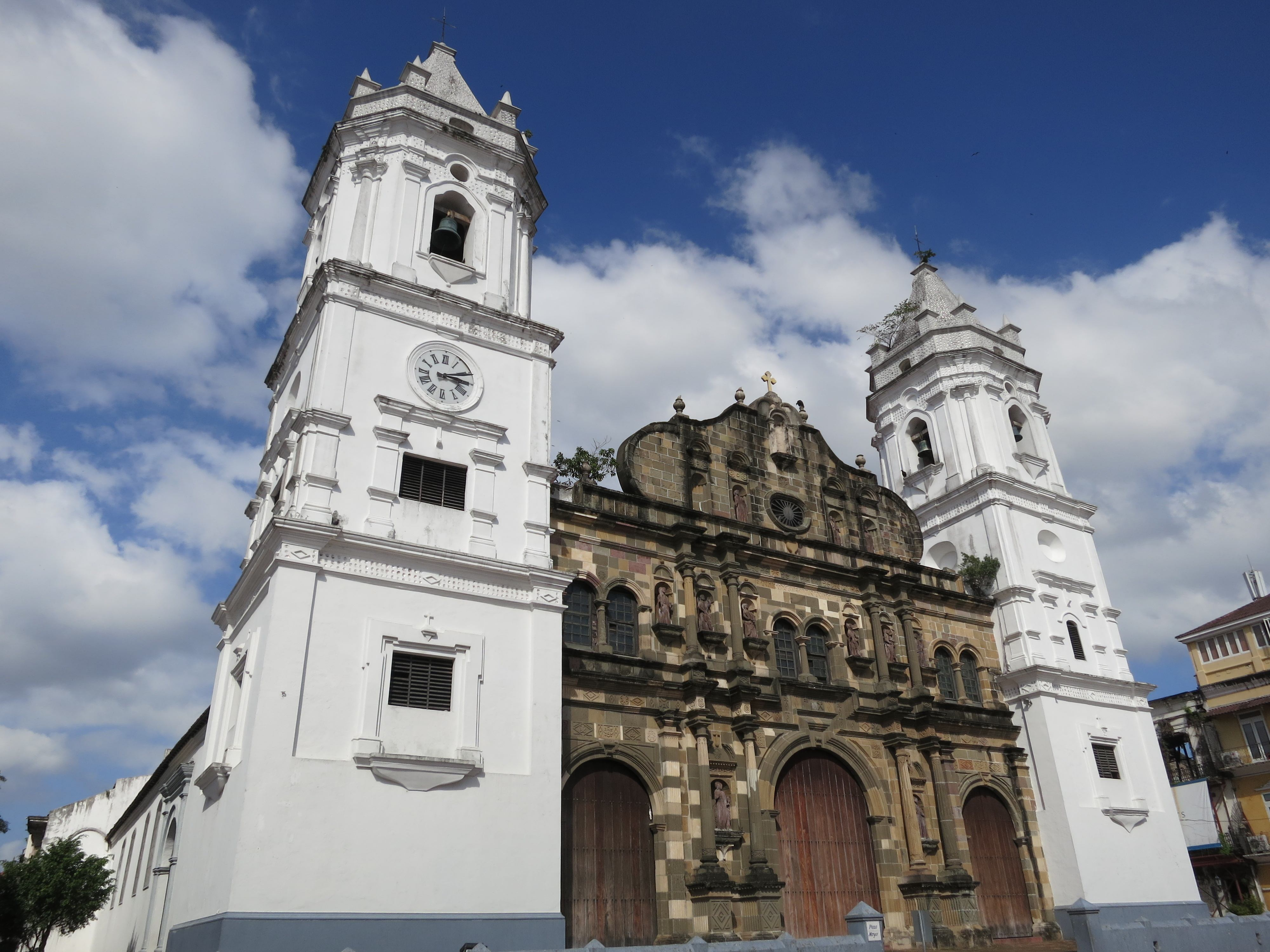 Discover Panama Citys Best Kept Secret: The Old Town Of Casco Viejo  Tr...