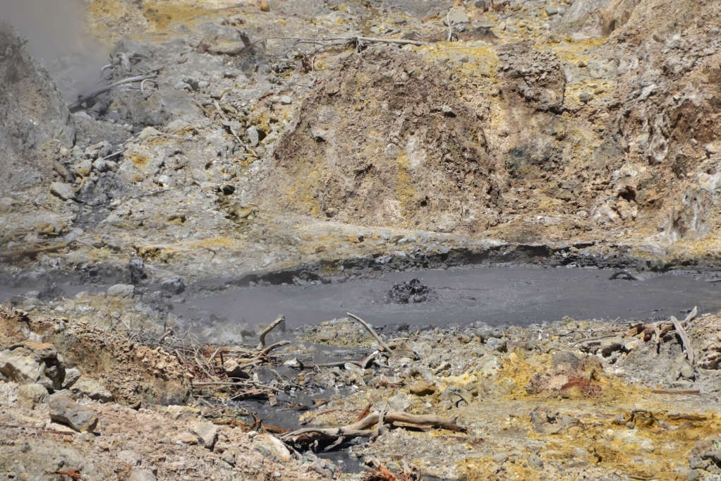 Boiling hot, one can only view the steaming and hissing pools of Sulphur Springs now from a safe platform, after a guide fell in and ended up with bad burns some time ago