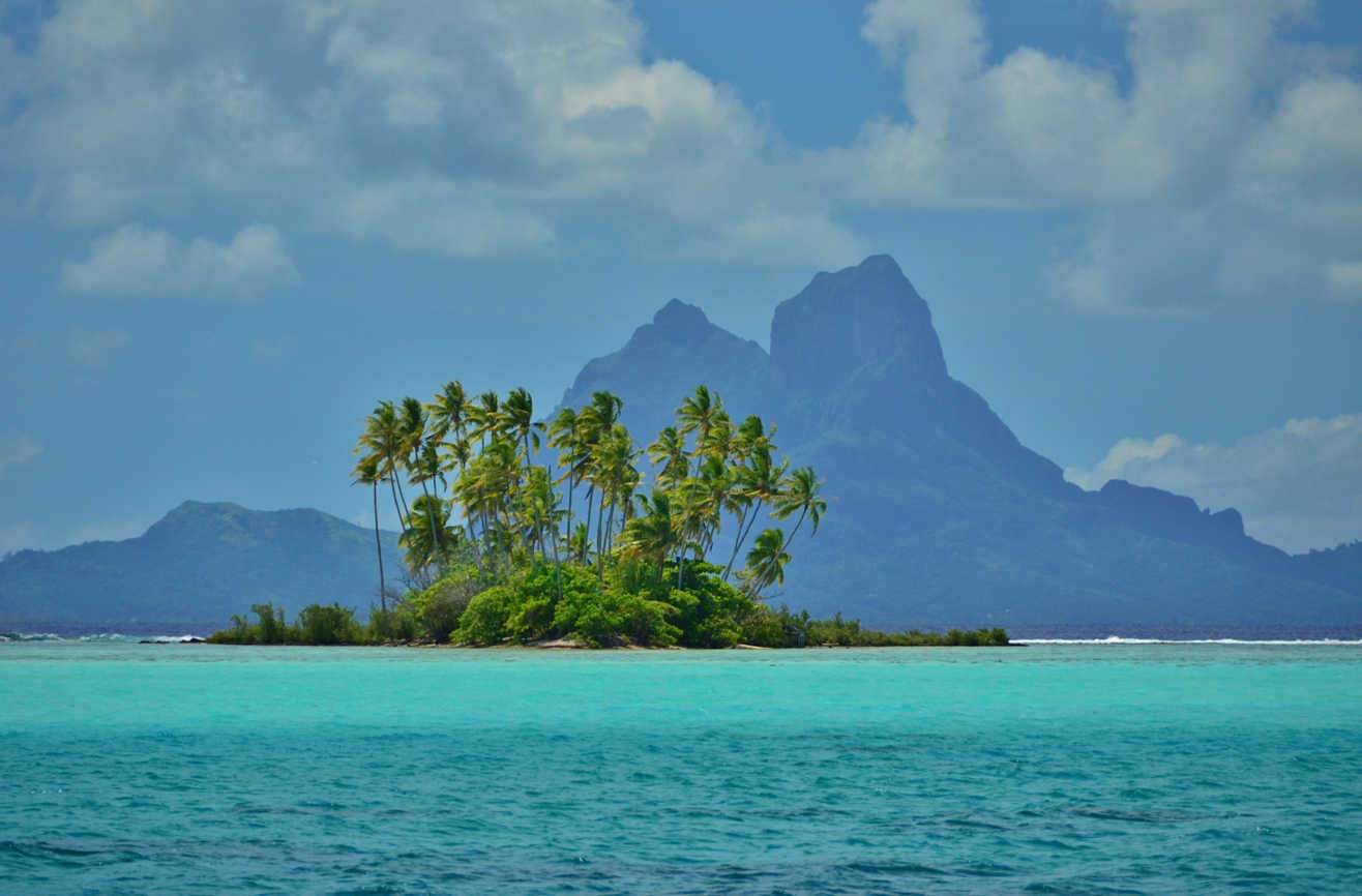 Tahaa offers undoubtedly the best view of Bora Bora