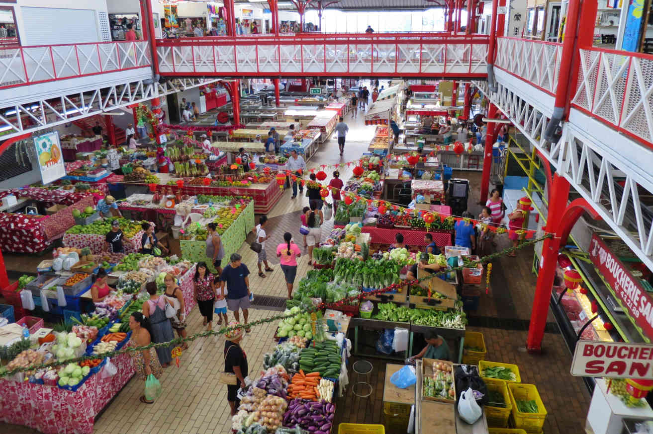The Municipal Market in Papeete offers arts, crafts and local produce