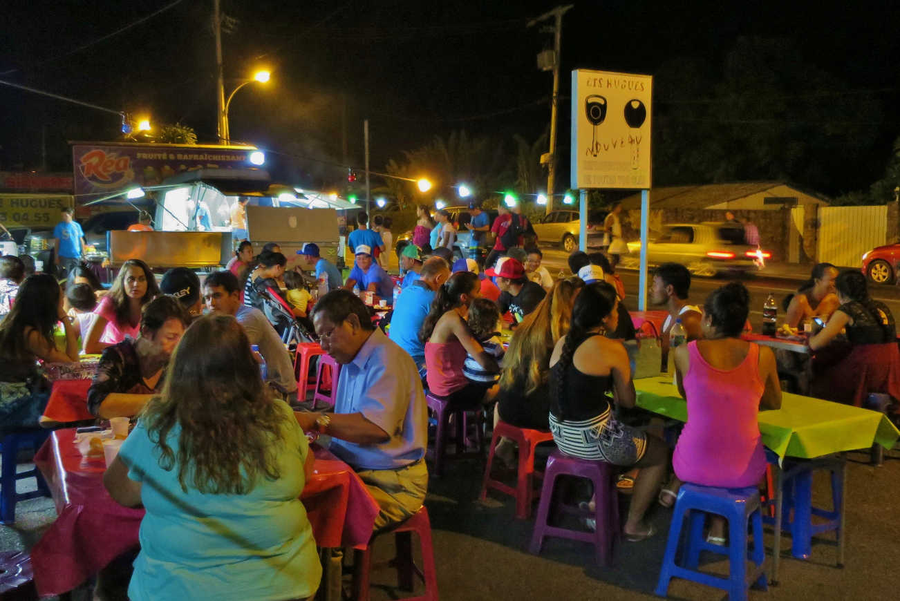 A typical Tahitian evening feast at one of the countless roulottes aka food trucks sprouting out of the city's parking lots at night