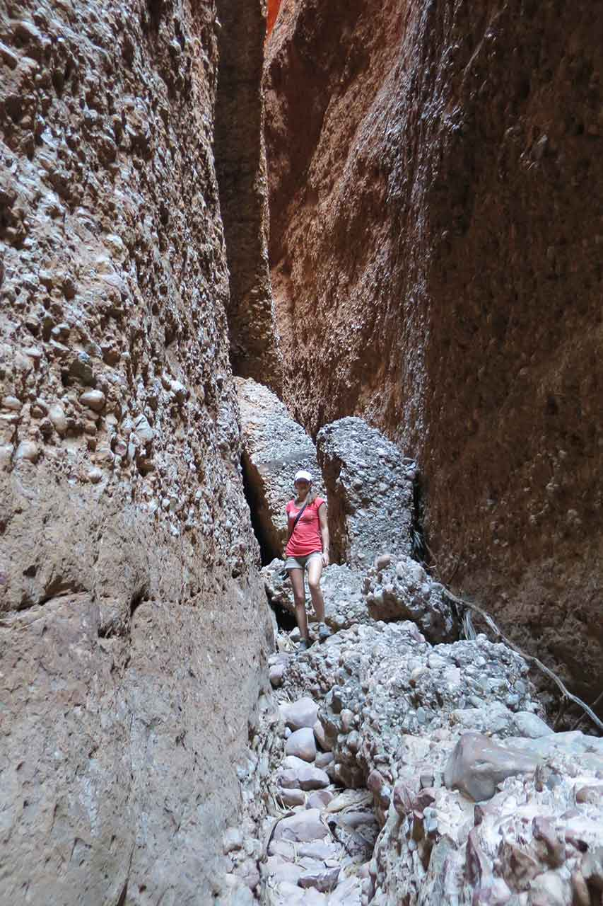 Hiking the narrow trail into Echidna Chasm