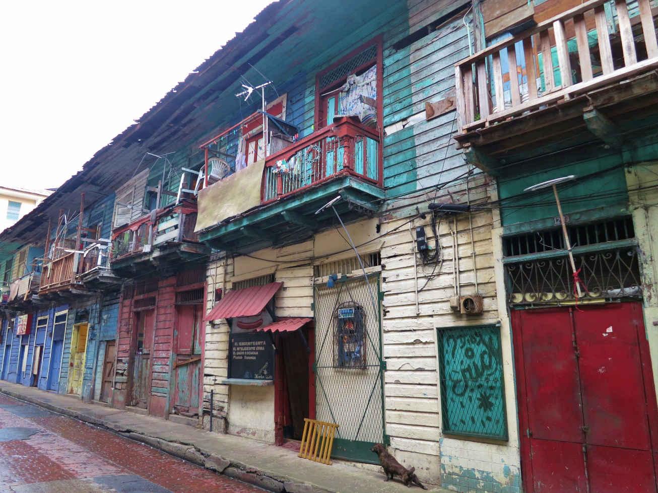 One of Casco Viejo's colorful street scenes