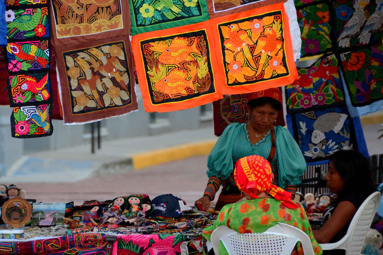 Indigenous women selling hand-crafted molas in Casco Viejo's street markets
