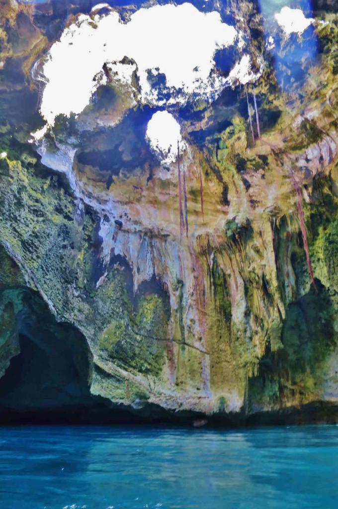 Bahamas Thunderball Grotto inside
