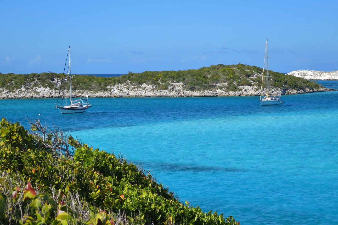 Staniel Cay, Big Major Cay and the Exumas chain they are part of is best explored by sailboat