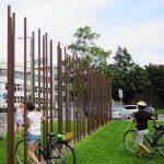berlin-wall-biking-los-angeles-times