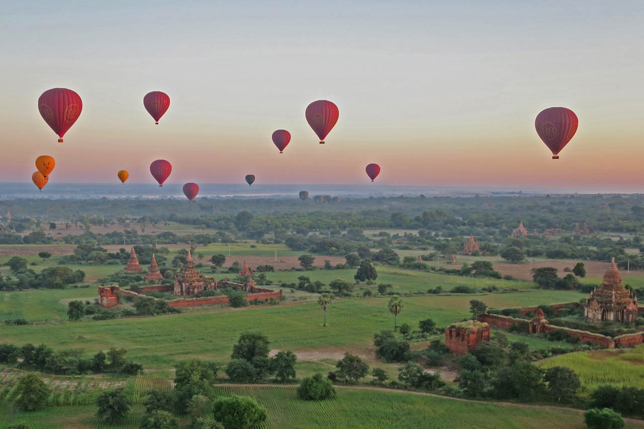 Best worst travel moments 2015: balloons over Bagan