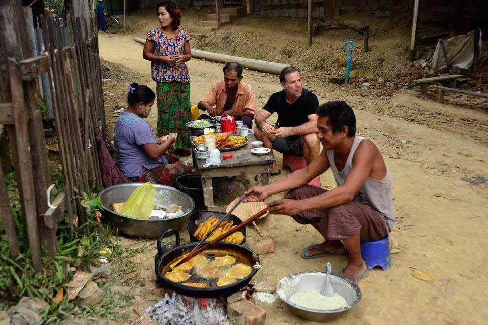 Streetfood in Myanmar