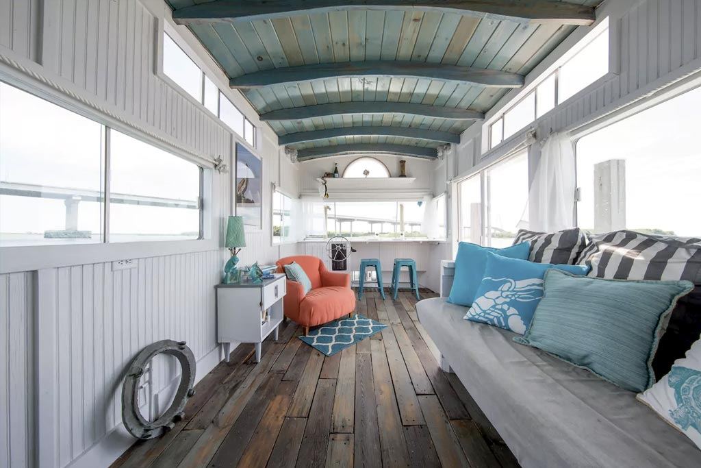 find unique airbnb accommodations houseboat