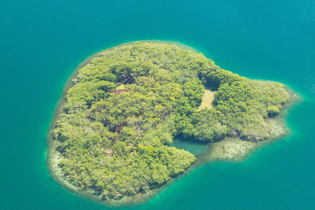 find unique airbnb accommodations island