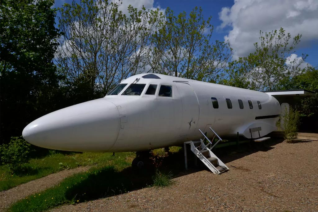find unique airbnb accommodations plane