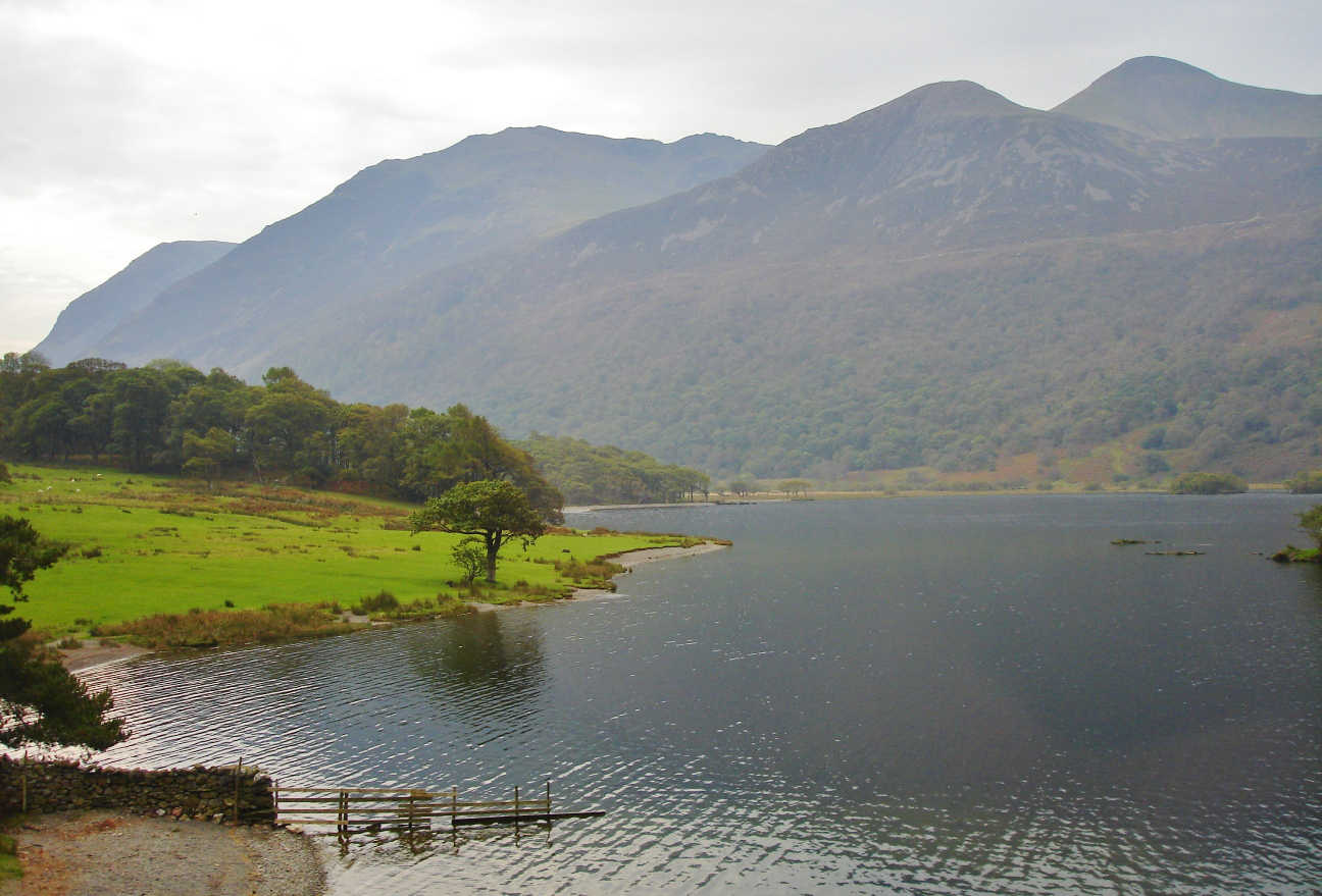 Most lakes in the Lake District are surrounded by gently rolling hills or England's highest mountains